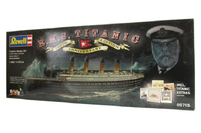 R.M.S. Titanic - 100th Anniversary Edition